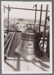 WAT001001011 Sloop en restauratie van de Speeltoren in Edam.Achtergrondinformatie:Rond 1970 zijn een aantal klokken ...