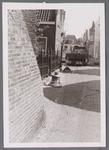 WAT001001014 Sloop en restauratie van de Speeltoren in Edam.Achtergrondinformatie:Rond 1970 zijn een aantal klokken ...