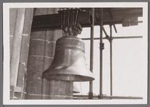 WAT001001018 Sloop en restauratie van de Speeltoren in Edam.Achtergrondinformatie:Rond 1970 zijn een aantal klokken ...