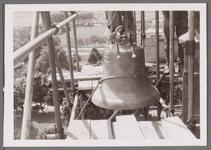 WAT001001021 Sloop en restauratie van de Speeltoren in Edam.Achtergrondinformatie:Rond 1970 zijn een aantal klokken ...