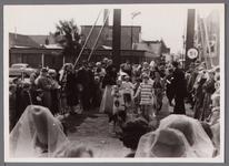 WAT001001050 Foto: de creatieve dames Franke - Wester en Nordmann - Kluft brachten het kindercircus !Stadsfeest ...