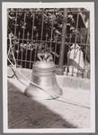 WAT001001013 Sloop en restauratie van de Speeltoren in Edam.Achtergrondinformatie:Rond 1970 zijn een aantal klokken ...