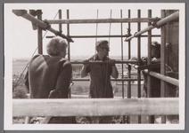 WAT001001020 Sloop en restauratie van de Speeltoren in Edam.Achtergrondinformatie:Rond 1970 zijn een aantal klokken ...