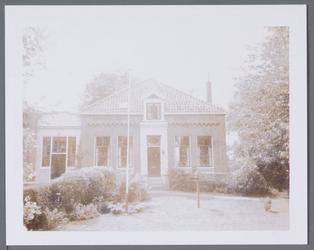 WAT001001339 Voormalige Openbare lagere school in Jisp.De opening van deze school vond plaats op 8 februari 1877.Van de ...