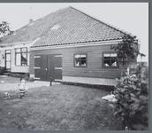 WAT001001350 Foto: boerderij, gebouwd in 1914,van de familie Meijer aan de Dorpsstraat 112 te Jisp.