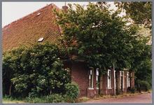 WAT001001661 Foto: stolpboerderij aan de Kwadijk.