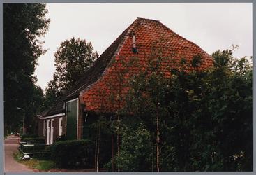 WAT001001653 Foto: stolpboerderij aan de Kwadijk nummer 25.