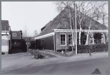 WAT001001709 Foto: de Pottenbakkerij van Baarspul. Vroeger één van de vele boerderijen die Landsmeer rijk was. Let op ...