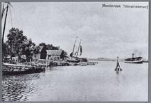 WAT001002191 Foto van een deel van de haven van Monnikendam. gezien vanaf de Havenstraat.