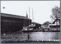 WAT001002192 Foto: Aanzicht op een deel van de haven te Monnickendam.