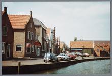 WAT001002171 Foto: Zicht op de haven van Monnickendam gezien vanuit de richting van de Lange Brug.