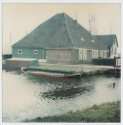 WAT001002585 Voormalige stolpboerderij van Pieter Klaas Nierop. Gesloopt medio 1978/80.Hier woonden en werkten eerst de ...