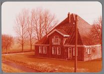 WAT001002704 Stolpboerderij aan de Westdijk E 12 in de Purmer.