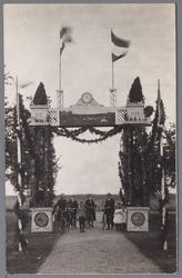 WAT001002727 Feestpoort ter gelegenheid van het 300 jaar bestaan van de Purmer.1622 tot 1922.