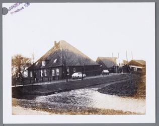 WAT001002703 Stolpboerderij Kraaiveld van de heer J.J. Groot aan de Westerweg E9.Na 1981 Westerweg nummer 76.
