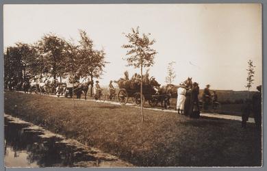 WAT001002725 Feestelijke optocht met paard en wagen ter gelegenheid van het 300 jaar bestaan van de Purmer.1622 tot 1922.
