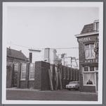 WAT001002877 Dubbel Buurt nummer 23 de Nederlandse Middenstandbank werd op dat moment gesloopt.