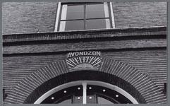 WAT001002973 Aanduiding Avondzon boven de inagng van het vroegere Gast en Proveniershuis uit 1844 van architect ...