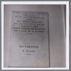 WAT001003049 Gedenksteen. De Lutherse Gemeente van Purmerend ontstond rond 1670. Niet veel later werd er in de ...