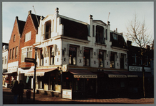 WAT001003194 Het pand Kaasmarkt 3 dateert vermoedelijk uit 1617 en is daarmee een van de oudste panden van Purmerend. ...
