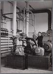 WAT001003450 Koelmachine van de Apeldoornsche Machinefabrieken, voorheen Van Loog Landaal, voor de koelruimten van de ...