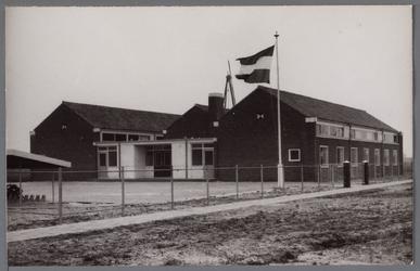 WAT001003555 Nieuw R.K. ULO school ingewijd en geopend op 10 januari 1955.