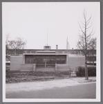WAT001003877 In de naoorlogse jaren kende het Stadsziekenhuis verschillende uitbreidingen. Op de foto het nieuwe ...