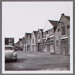 WAT001003824 Plantsoenstraat, tweede pand rechts gemeente werkplaats van gemeentewerken.Gemeente timmerlieden ...