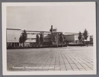 WAT001003874 Het Stadsziekenhuis ontworpen door de Purmerendse architecten Jan Plas en Corn.Koning en gebouwd door ...
