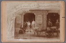 WAT001003976 Destilleerderij en Wijnhandel van de weduwe G.Oud Pzn aan de Singelgracht en de Peperstraat.