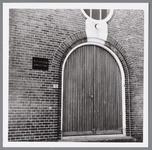WAT001004115 Verenigingsgebouw van de Apostolisch Genootschap aan de Vooruitstraat 10, met daarboven 4 ...