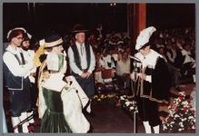 WAT001005270 Officiële opening van het jubleumjaar door commissaris der Koningin drs. R. J. de Wit, vrijdag 13 april ...