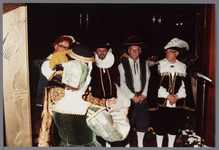 WAT001005276 Officiële opening van het jubleumjaar door commissaris der Koningin drs. R. J. de Wit, vrijdag 13 april ...