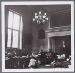 WAT001005638 40 jarig jubileum N.J.Zadeits in de raadzaal.