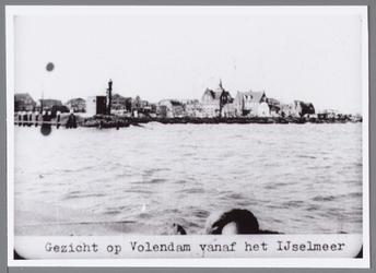 WAT001005781 Gezicht op Volendam vanaf het IJsselmeer