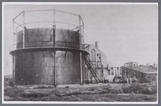 WAT001006725 In juli 1912 kwam de (particuliere) gasfabriek in de gemeente in bedrijf. Deze bleef slechts twee jaar in ...