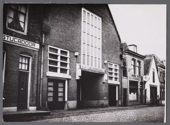 WAT001008056 Van Links naar rechts, stucadoor bedrijf,afslaggebouw van Afslagvereniging Beemster,Purmerend en Omstreken ...