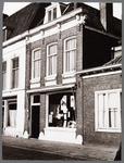WAT001008399 Midden : Reisbureau, voorheen Wouda (muziek), A. Wilms-Donker (manufacturen)
