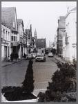 WAT001008530 Doorkijk over Gouw, Hoogstraat naar de Kaasmarkt, vanaf Tramplein gezien. Rechts achter : toren Lutherse ...