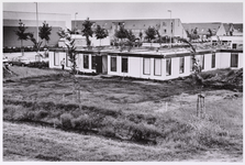 WAT001008567 Uitbreiding wijkgezondheidscentrum aan het Koggenland. Links sporthal De Vaart