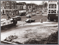 WAT001009867 Slotplein Westerstraat.Rechts: restaurant het Paradijs.Links: winkel van Albert Heijn.