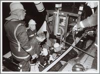 WAT001014350 Bootramp kanaal.Spectaculaire brandweeroefening.Van onze verslaggeefsterPURMEREND — De Kanaalkade vormde ...