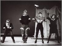 WAT001014757 Het aloude verhaal van Reinaert de Vos werd op heel bijzondere wijze door Theatergroep Maccus ...