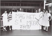 WAT001015031 De verpleegkundigen in Purmerend hangen hun 'vuile was' buiten. Terwijl hun collega's in Den Haagvoor meer ...