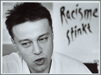 WAT001015208 Geldtekort anti-discriminatiebureau.Andreas Vaillant, beroepskracht van het Anti Discriminatiebureau.Het ...