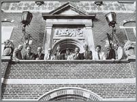 WAT001015916 Introductie Makelaarskrant.Tweede van rechts Joop van Overbeek.