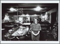 WAT001016098 Echtpaar Spijkerman in hun café Blankendaal.