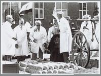 WAT001016188 Opening van de kaasmarkt.