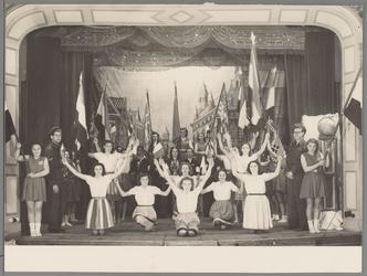 WAT001016924 Bevrijding spel, dans, theater.Foto genomen in schouwburg Amicitia.