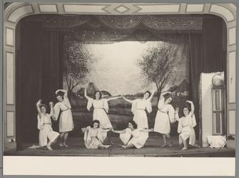 WAT001016926 Bevrijding spel, dans, theater.Foto genomen in schouwburg Amicitia.